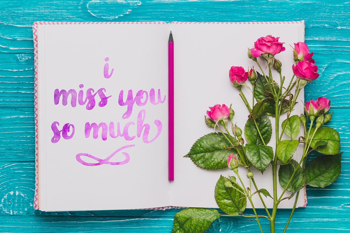 Print on Demand: In Blossom Script & Handwritten Font By madeDeduk - Image 2