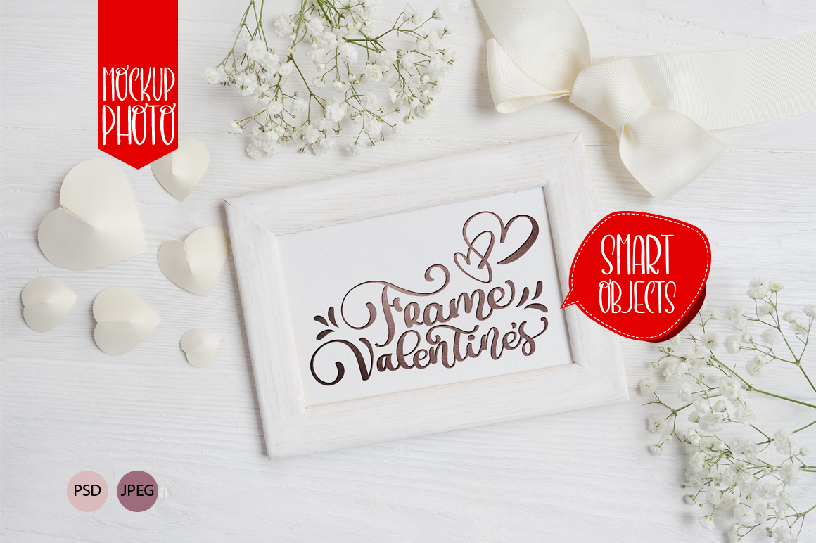 Valentine`s Wooden Frame Mock Up Gráfico Mockups de Productos Por Happy Letters