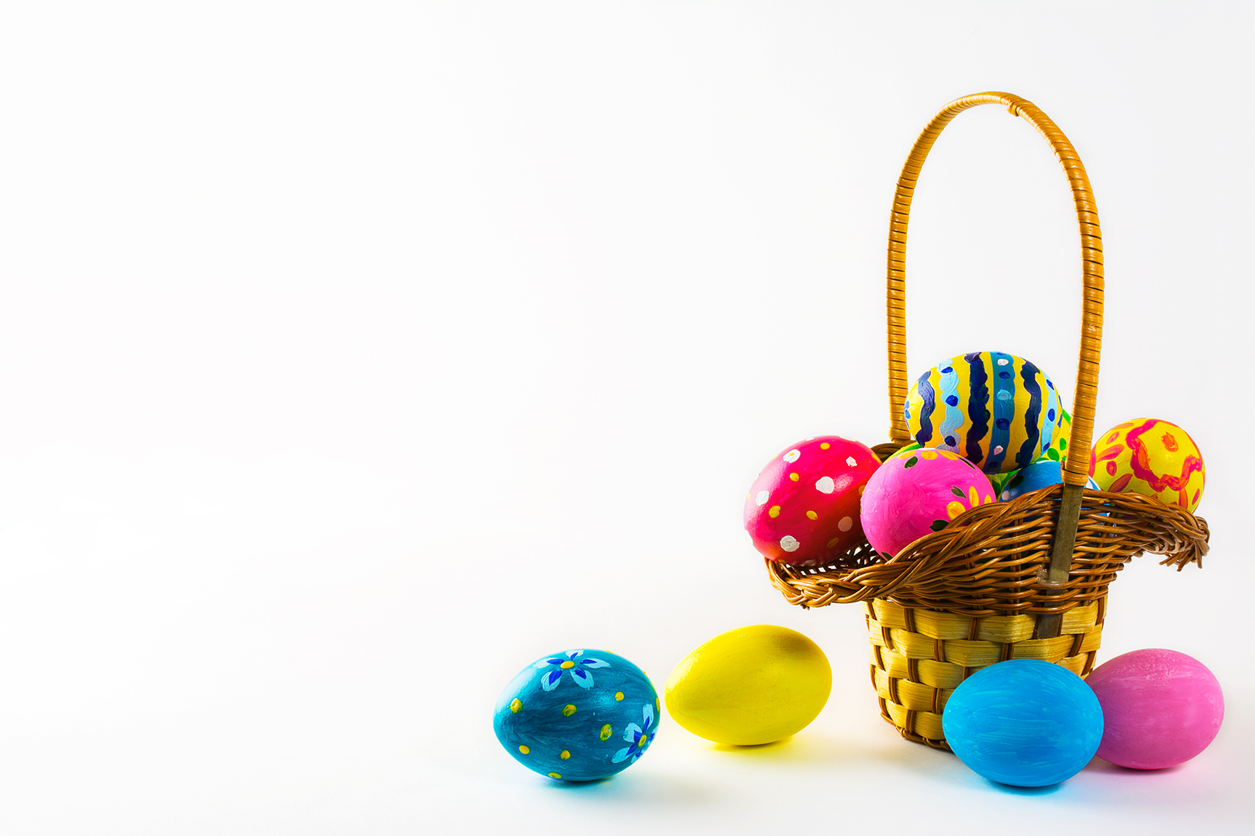 Print on Demand: Easter Eggs in the Basket Graphic Holidays By TasiPas