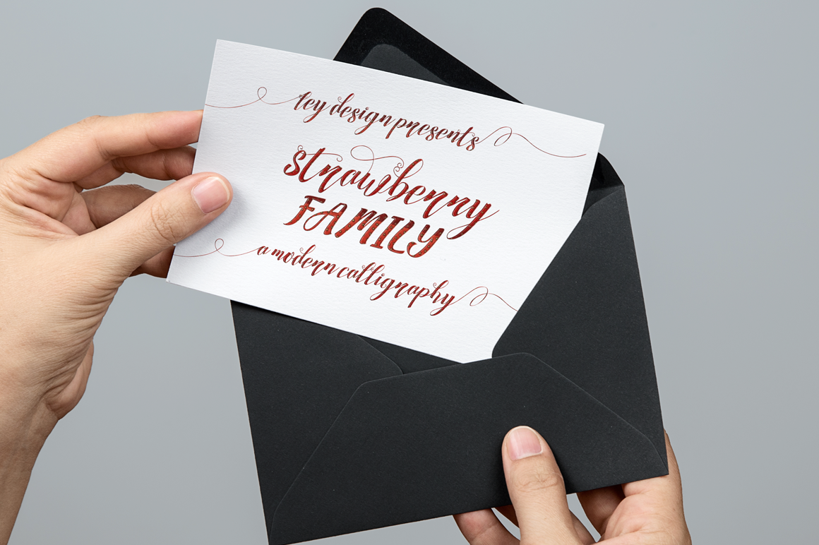 Print on Demand: Strawberry Script & Handwritten Font By feydesign - Image 8