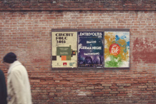 Print on Demand: Venetian Front Wall View 3 in 1 Graphic Product Mockups By SmartDesigns