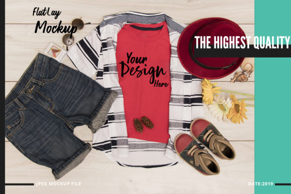 Print on Demand: T-Shirt Mock Up Graphic Product Mockups By 3Motional - Image 3
