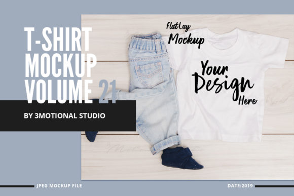 Print on Demand: T-Shirt Mockup Graphic Product Mockups By 3Motional