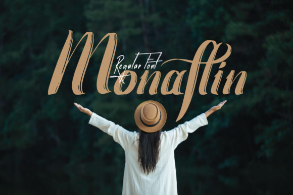 Print on Demand: Monaflin Display Font By eSSeGraphic