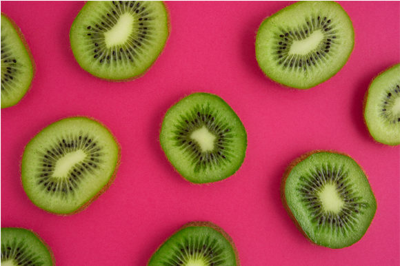 Kiwi Snack. Graphic Food & Drinks By Sasha_Brazhnik