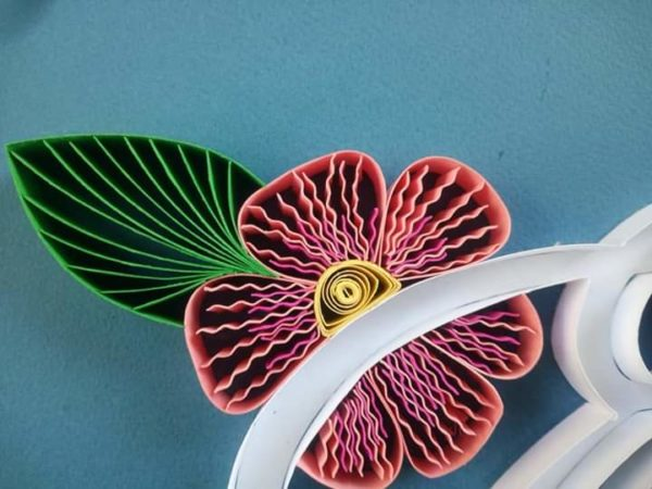 Download Free Quilling Tutorial Master The Art Of Paper Crafting Creative Fabrica SVG Cut Files
