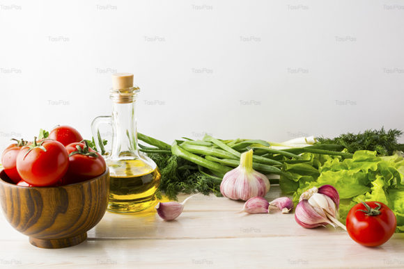 Print on Demand: Olive Oil, Garlic and Tomato Graphic Food & Drinks By TasiPas