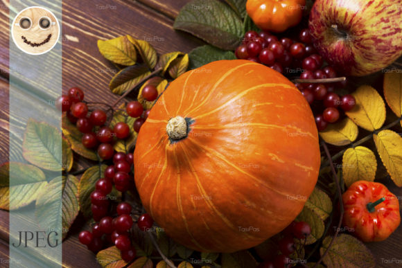 Print on Demand: Fall Decor with Pumpkins Graphic Holidays By TasiPas - Image 1