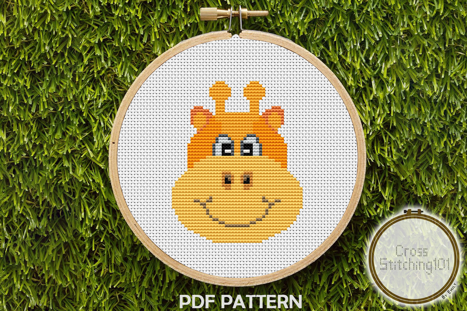 Download Free Cartoon Giraffe Face Modern Cross Stitch Graphic By for Cricut Explore, Silhouette and other cutting machines.