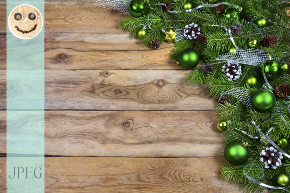 Print on Demand: Christmas Garland with Green Baubles Graphic Holidays By TasiPas - Image 1