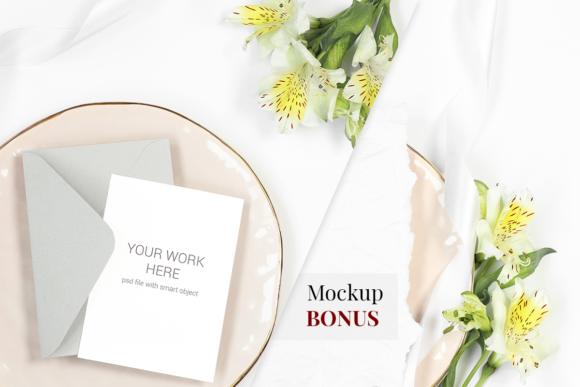 Print on Demand: Card Mockup on Plate with Flowers Graphic Product Mockups By PawStudio
