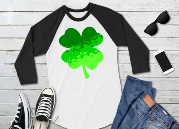 Print on Demand: Ombre Shamrock Clover Graphic Crafts By PrintsOfPop