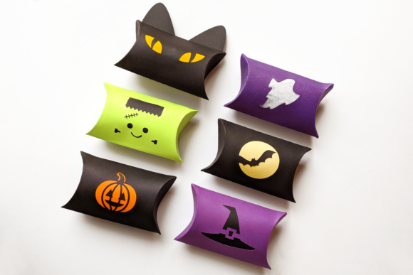 Download Free Halloween Pillow Box Graphic By Risarocksit Creative Fabrica for Cricut Explore, Silhouette and other cutting machines.