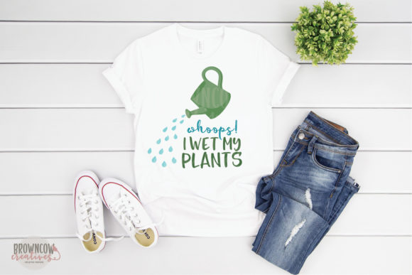 Print on Demand: Wet My Plants, Garden, Funny Graphic Crafts By browncowcreatives