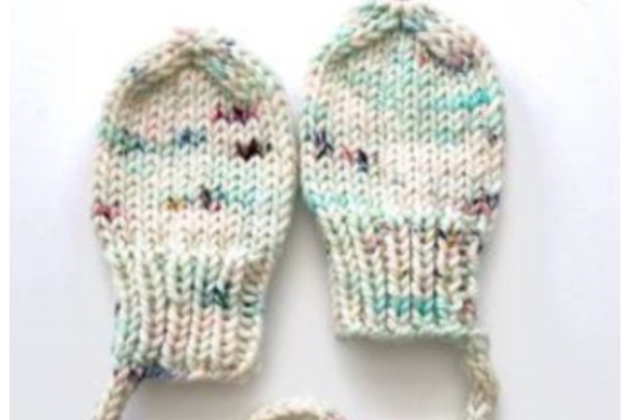 Baby Mittens with String Knit Pattern Graphic Knitting Patterns By wunderfulwool