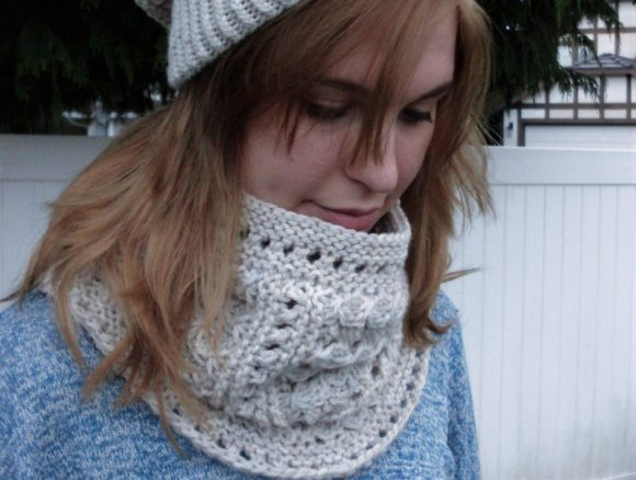 Beach Peas Cowl Graphic Knitting Patterns By Island Knit Design