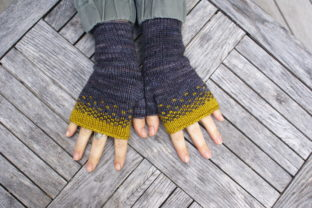 Driftless Mitts (DK) Graphic Knitting Patterns By BlackCatKnitCo