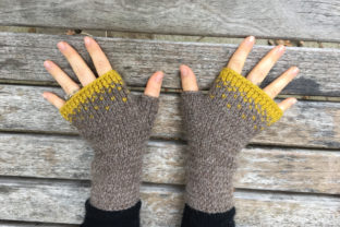 Driftless Mitts (Bulky 12-ply) Graphic Patterns By BlackCatKnitCo