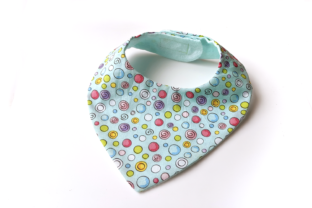 Bandanna Bib ITH Applique Babys & Kinder Stickdesign von DesignedByGeeks