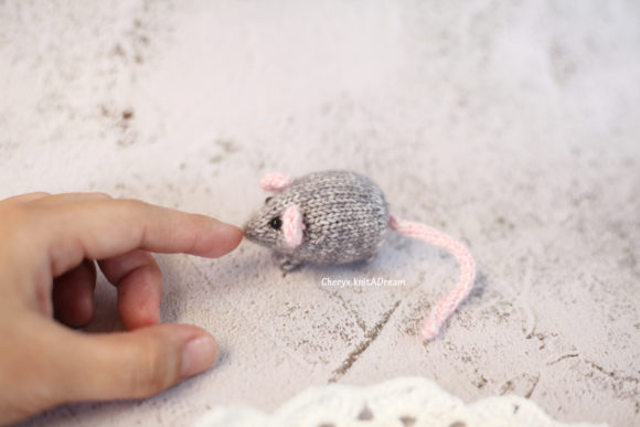 Knitting Pattern - the Tiny Mouse Graphic Knitting Patterns By Cheryx - Image 2