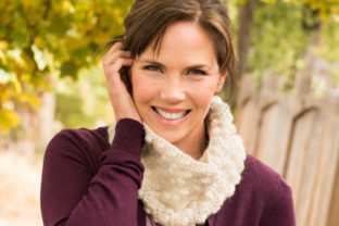 Petite Bobble Cowl Graphic Crochet Patterns By Knit and Crochet Ever After
