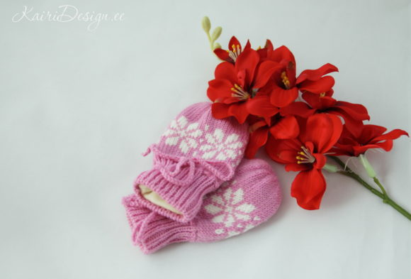 Machine Knitting Pattern Baby Mittens Fl Graphic Knitting Patterns By Kairi Mölder
