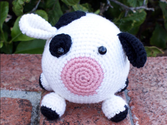 Roly Poly Cow Crochet Pattern Graphic Crochet Patterns By Knit and Crochet Ever After