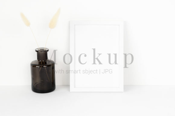 Download Free Mockup Card With Wooden Branch Grafico Por Pawmockup Creative for Cricut Explore, Silhouette and other cutting machines.
