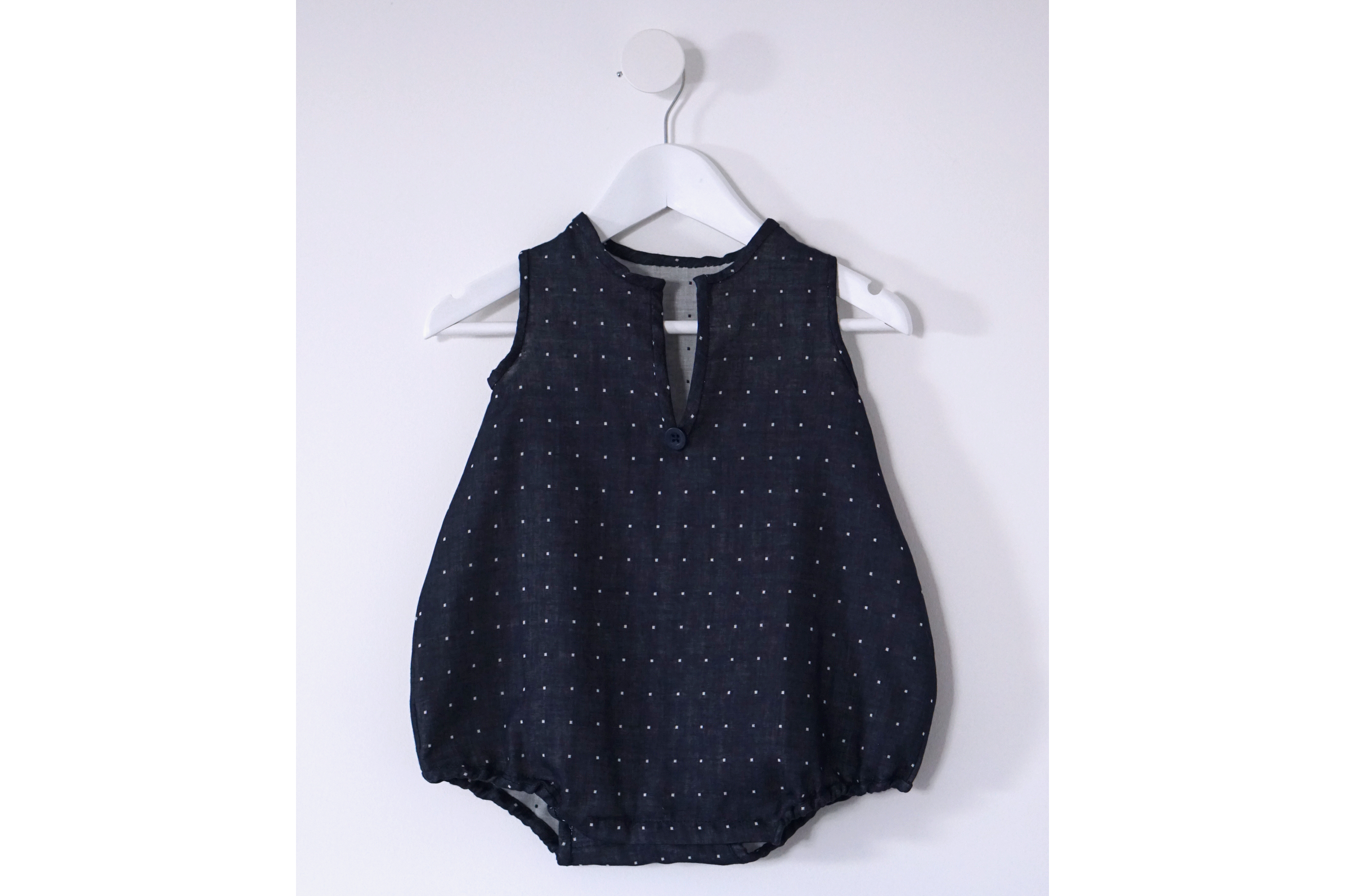 Download Free Romper Baby Sewing Pattern Tutorial Graphic By Jeremyfrossard for Cricut Explore, Silhouette and other cutting machines.