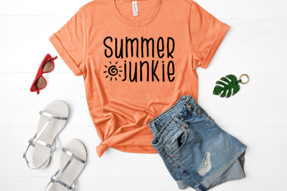 Print on Demand: Summer Junkie Graphic Crafts By Talia Smith