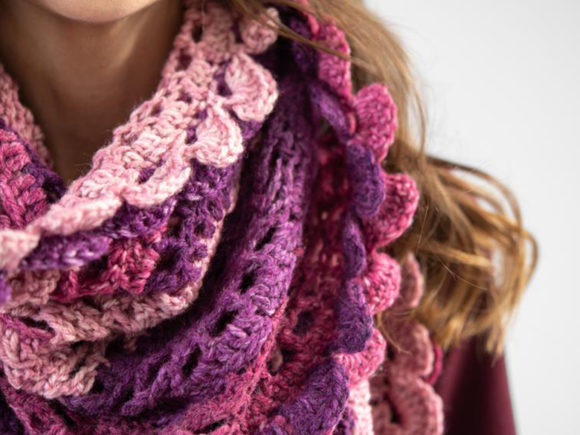 Scroll Lace Scarf Crochet Pattern Graphic Image