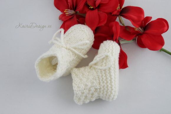 Baby Booties Knitting - Pearl Graphic Image