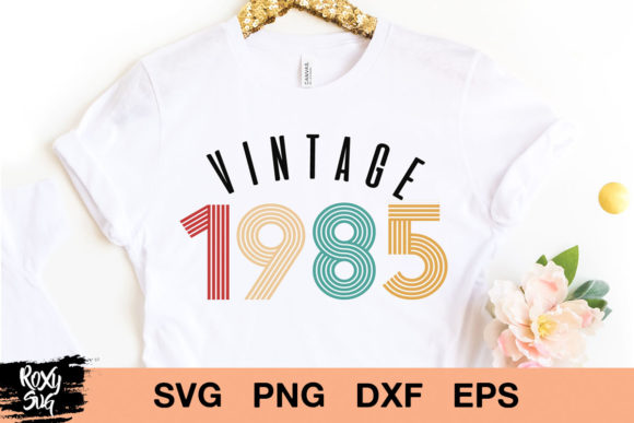 Download Free Vintage 1985 Svg Vintage Cumpleanos Svg Graphic By Roxysvg26 for Cricut Explore, Silhouette and other cutting machines.