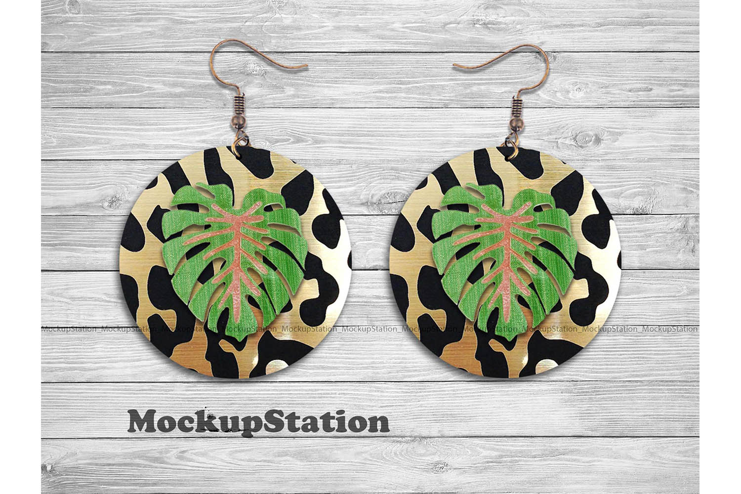 Download Free Leopard Tropical Round Earring Design Grafico Por Mockup Station for Cricut Explore, Silhouette and other cutting machines.