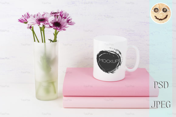 Print on Demand: Coffee Mug Mockup with Lilac Daisy Graphic Product Mockups By TasiPas - Image 1