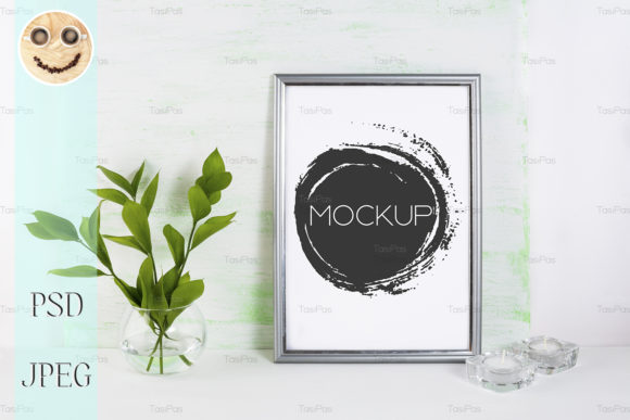 Print on Demand: Frame Mockup on Light Green Background Gráfico Mockups de Productos Por TasiPas