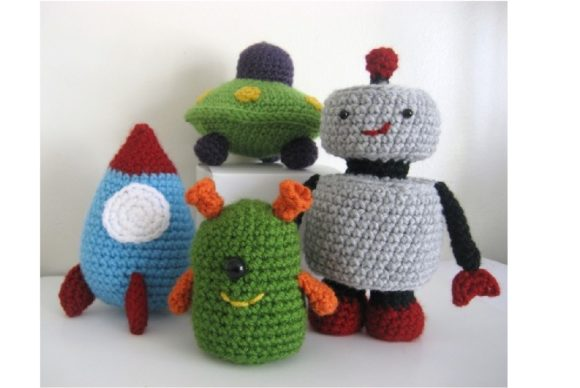 Crochet Robots, Rockets & UFO's Pattern Graphic Crochet Patterns By Amy Gaines Amigurumi Patterns