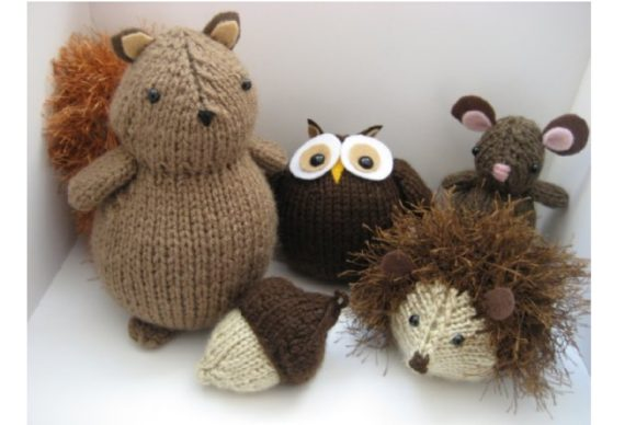 Woodland Hedgehog Amigurumi Crochet Pattern – Mama In A Stitch | 388x580