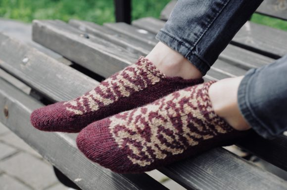 Savannah Socks Pattern Grafik Knitting Patterns von Neatly Knit Store