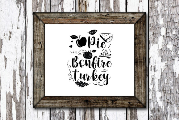 Print on Demand: Pie Bonfire Turkey Graphic Crafts By KtwoP