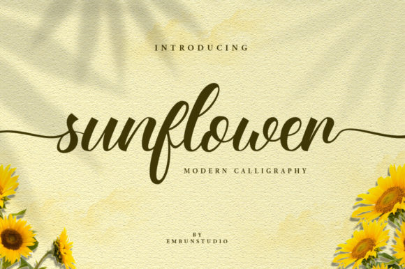 Print on Demand: Sunflower Manuscrita Fuente Por EmbunStudio