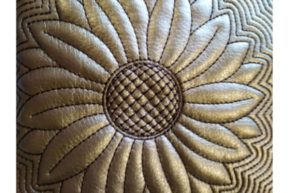 Zippered Bag in the Hoop - Sun Flower Embroidery Design