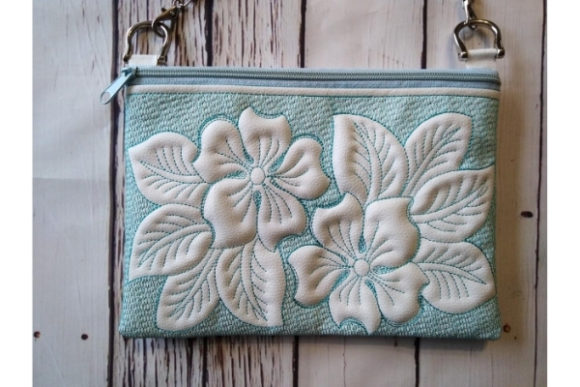 Cosmetic Bag in the Hoop Embroidery Design Item