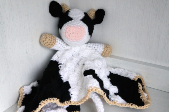 Bessie Cow Blanket Graphic Crochet Patterns By thesnugglery