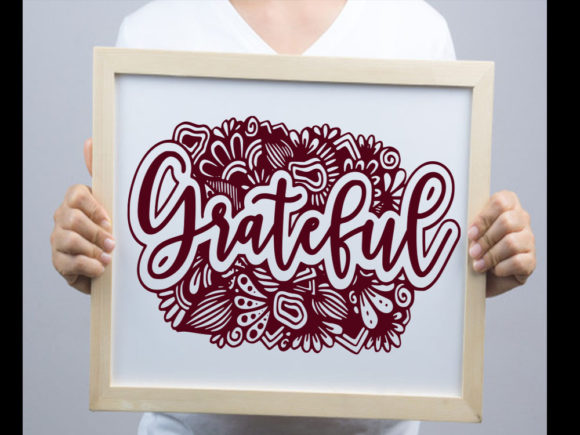 Print on Demand: Grateful SVG & Cut File Graphic Print Templates By johanruartist