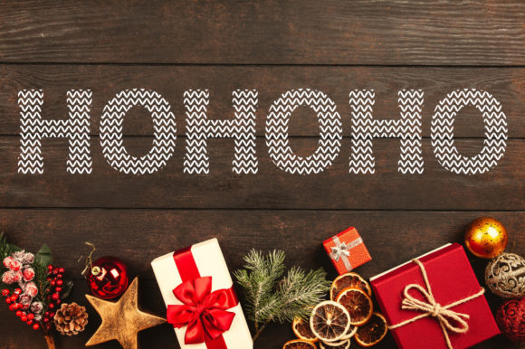Santa Ugly Sweater Font Preview