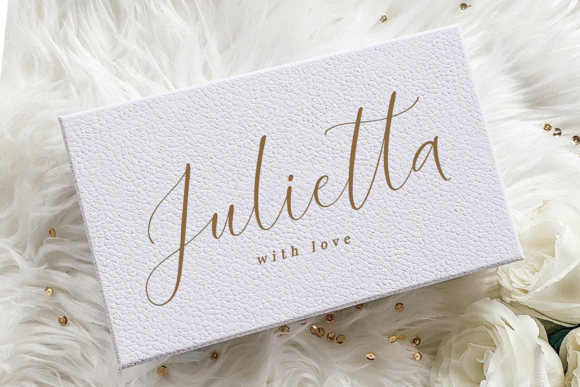 Juwellina Font Preview