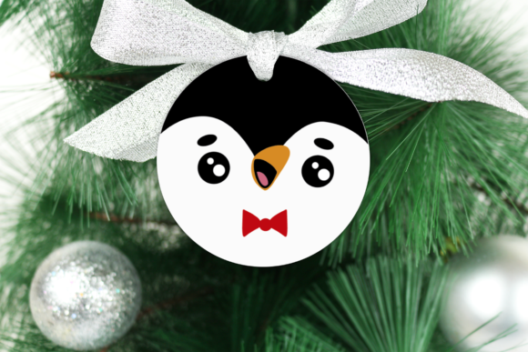Round Christmas Ornament Graphic Preview