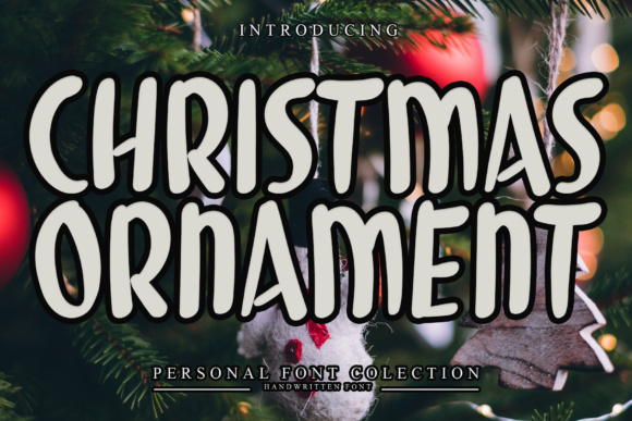Print on Demand: Christmas Ornament Display Font By giatstudios