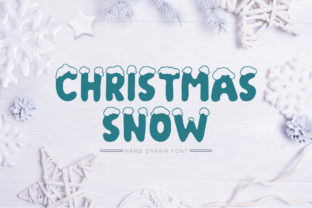 Print on Demand: Christmas Snow Display Fuente Por Happy Letters